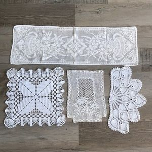 Lot of lace doilies and table runner